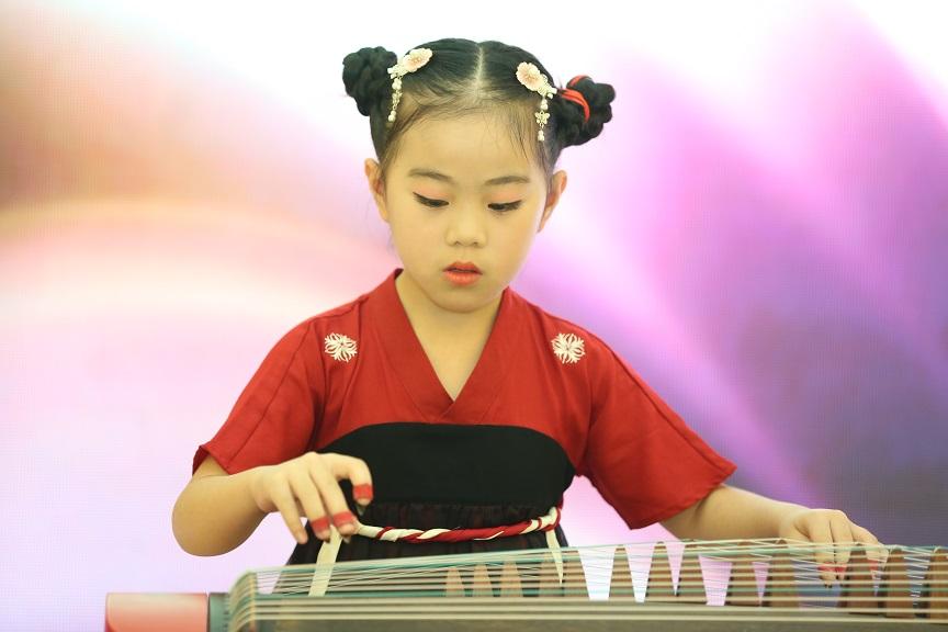 重庆少儿古筝演奏